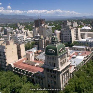 El desempleo en Gran Mendoza pasó de 9,8 % a 15,6 % y los afectados suman 69 mil
