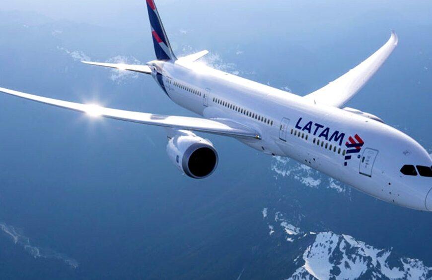 LATAM reinició negociaciones con el Gobierno para operar desde Aeroparque y Mendoza