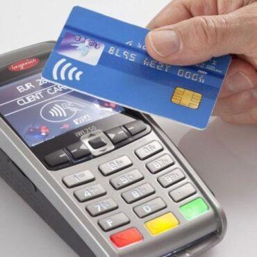 Cada vez más bancos emiten tarjetas «antipandemia» con sistema contactless: así funcionan