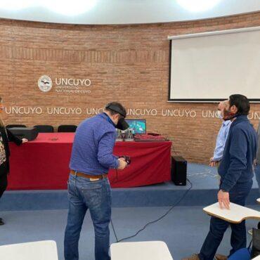 La UNCuyo presentó simulador de realidad virtual en neurocirugía para formar a estudiantes e investigadores