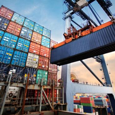 BICE bajó las tasas de sus créditos de exportación para Pymes y grandes empresas